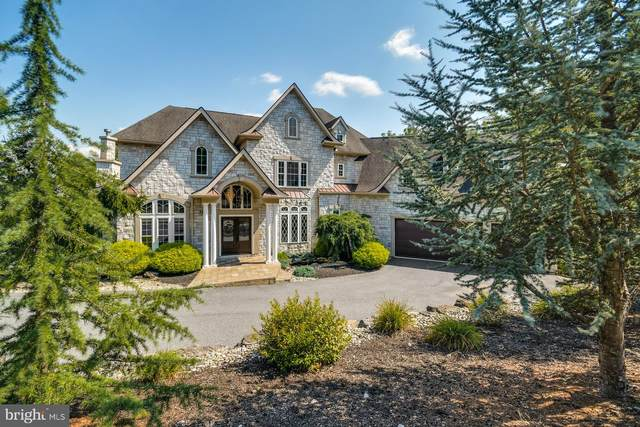2715 Apple Valley Estates Drive, OREFIELD, PA 18069 (#PALH114952) :: Linda Dale Real Estate Experts
