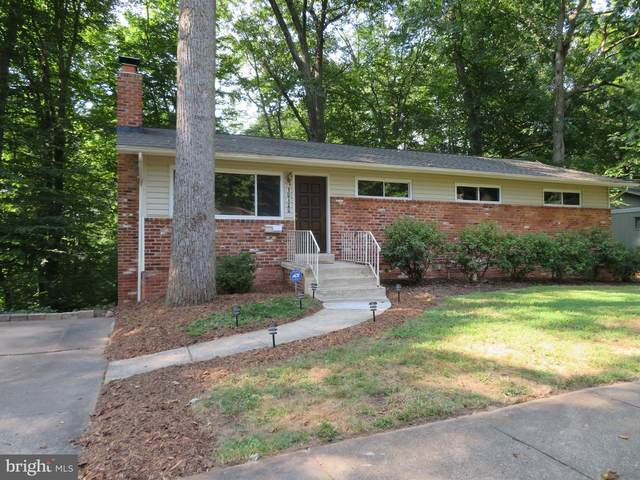 10120 Spring Lake Terrace, FAIRFAX, VA 22030 (#VAFC120352) :: Debbie Dogrul Associates - Long and Foster Real Estate