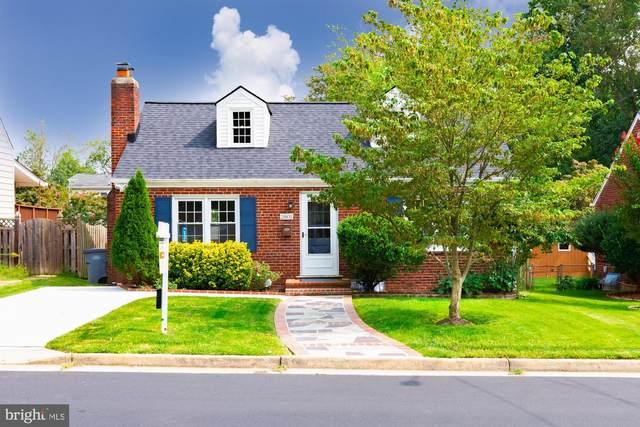 2801 W George Mason Road, FALLS CHURCH, VA 22042 (#VAFX1152888) :: The Riffle Group of Keller Williams Select Realtors