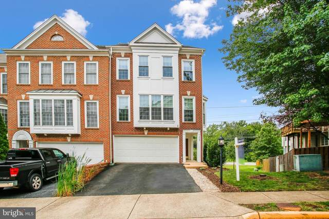 3405 Governors Crest Court, ALEXANDRIA, VA 22310 (#VAFX1152984) :: Debbie Dogrul Associates - Long and Foster Real Estate