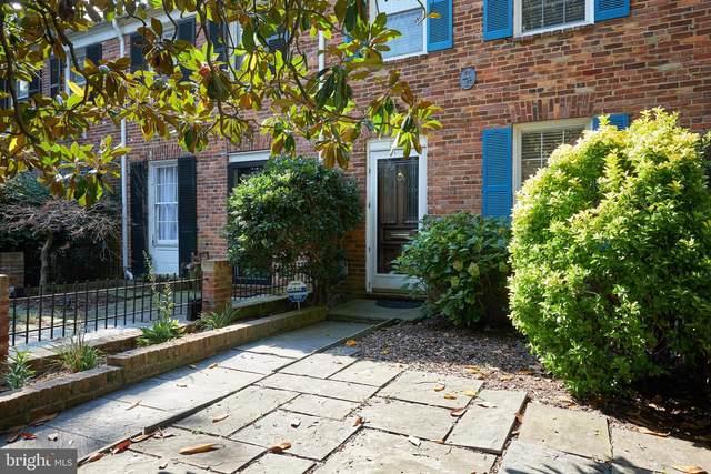 820 Green, ALEXANDRIA, VA 22314 (#VAAX250586) :: Debbie Dogrul Associates - Long and Foster Real Estate