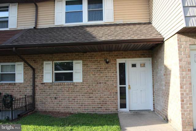 281 La Cascata, CLEMENTON, NJ 08021 (MLS #NJCD402086) :: Kiliszek Real Estate Experts