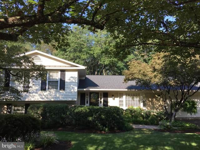 9335 Sibelius Drive, VIENNA, VA 22182 (#VAFX1153400) :: John Lesniewski   RE/MAX United Real Estate