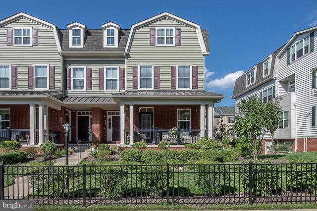 861 Old Lancaster, BRYN MAWR, PA 19010 (#PAMC662870) :: RE/MAX Main Line