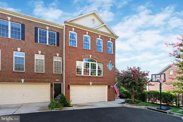 3441 25TH Court S, ARLINGTON, VA 22206 (#VAAR169262) :: Debbie Dogrul Associates - Long and Foster Real Estate