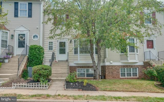 4049 Summer Hollow Court 156B, CHANTILLY, VA 20151 (#VAFX1154462) :: Jennifer Mack Properties