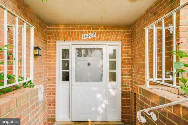 14486 Cool Oak Lane, CENTREVILLE, VA 20121 (#VAFX1154526) :: Debbie Dogrul Associates - Long and Foster Real Estate