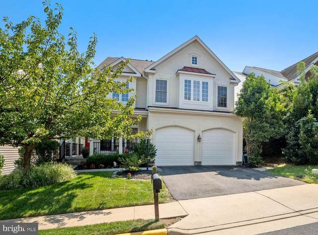 5809 Governors View Lane, ALEXANDRIA, VA 22310 (#VAFX1154564) :: Debbie Dogrul Associates - Long and Foster Real Estate
