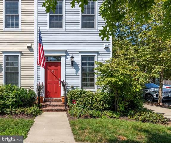 944 N Columbus Street, ALEXANDRIA, VA 22314 (#VAAX250910) :: Debbie Dogrul Associates - Long and Foster Real Estate