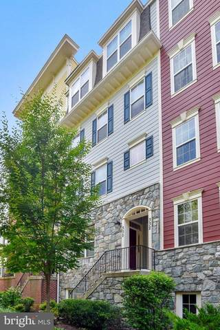 330 Park Avenue #13, GAITHERSBURG, MD 20877 (#MDMC725616) :: Certificate Homes