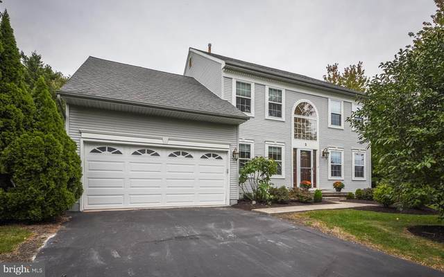 2 Lotus Place, NEWTOWN, PA 18940 (#PABU506936) :: ExecuHome Realty