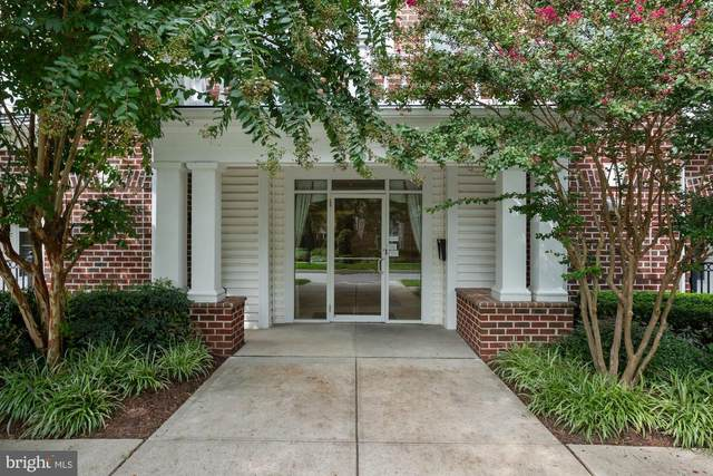 5801 Clipper Lane #407, CLARKSVILLE, MD 21029 (#MDHW285262) :: The Licata Group/Keller Williams Realty