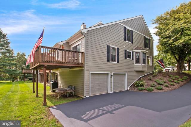 1801 Westfield Court, NEWTOWN SQUARE, PA 19073 (#PACT516426) :: RE/MAX Main Line