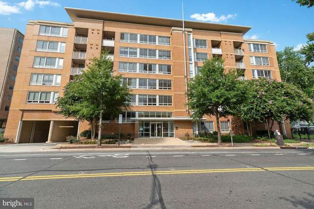 355 I Street SW S411, WASHINGTON, DC 20024 (#DCDC487332) :: Advon Group