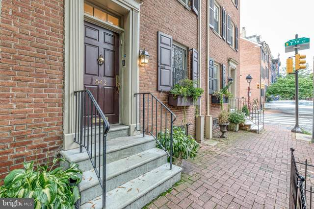 642 Pine Street, PHILADELPHIA, PA 19106 (#PAPH935888) :: Lucido Agency of Keller Williams