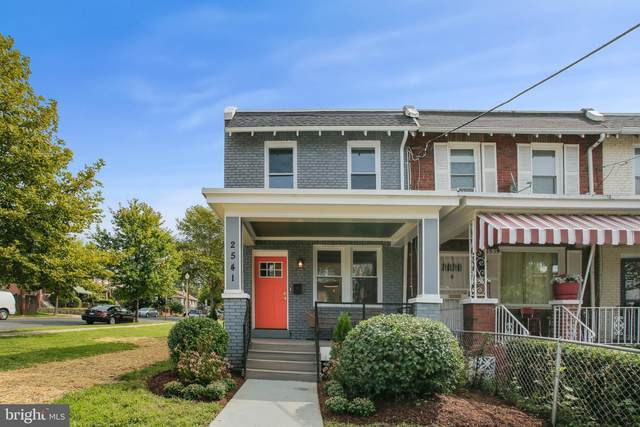 2541 3RD Street NE, WASHINGTON, DC 20002 (#DCDC487384) :: Pearson Smith Realty
