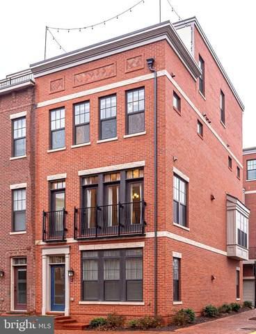 264 Bluemont Branch Terrace SE, LEESBURG, VA 20175 (#VALO421546) :: Debbie Dogrul Associates - Long and Foster Real Estate