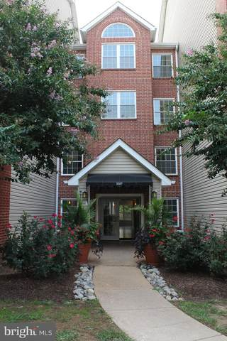3307 Wyndham Circle #3160, ALEXANDRIA, VA 22302 (#VAAX251098) :: Ultimate Selling Team
