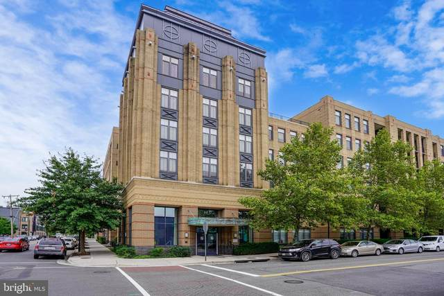 525 N Fayette Street #303, ALEXANDRIA, VA 22314 (#VAAX251104) :: Debbie Dogrul Associates - Long and Foster Real Estate