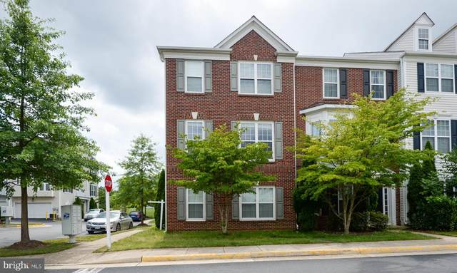 5070 Village Fountain Place, CENTREVILLE, VA 20120 (#VAFX1155798) :: Pearson Smith Realty