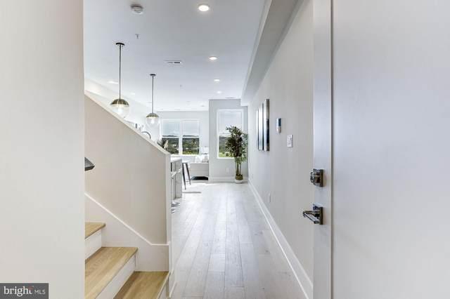 1519 K Street SE #302, WASHINGTON, DC 20003 (#DCDC487482) :: Crossman & Co. Real Estate