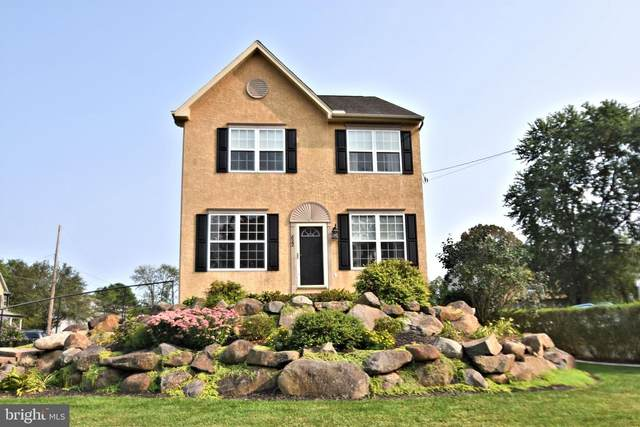 822 Mount Airy Road, COLLEGEVILLE, PA 19426 (#PAMC664146) :: ExecuHome Realty