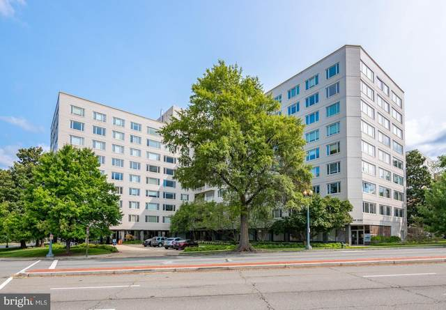 2475 Virginia Avenue NW #108, WASHINGTON, DC 20037 (#DCDC487552) :: Jennifer Mack Properties