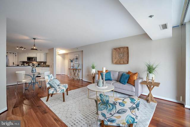 1200 Braddock Place #211, ALEXANDRIA, VA 22314 (#VAAX251158) :: Debbie Dogrul Associates - Long and Foster Real Estate