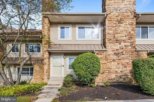 236 Carriage Court, CHESTERBROOK, PA 19087 (#PACT516656) :: The John Kriza Team