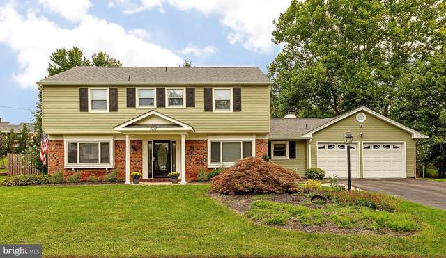 4111 Meadow Hill Lane, FAIRFAX, VA 22033 (#VAFX1156338) :: Debbie Dogrul Associates - Long and Foster Real Estate