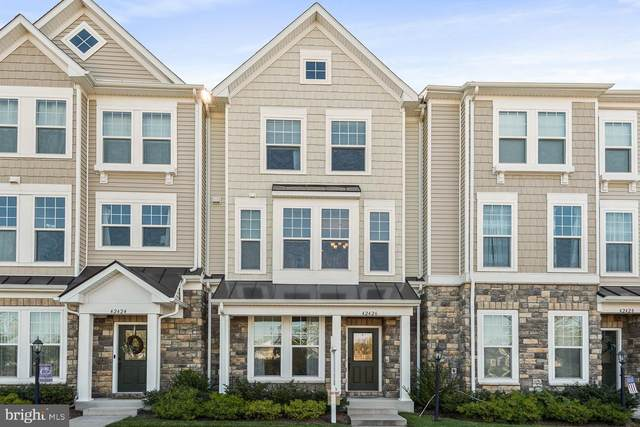 42426 Benfold Square, BRAMBLETON, VA 20148 (#VALO421752) :: Debbie Dogrul Associates - Long and Foster Real Estate