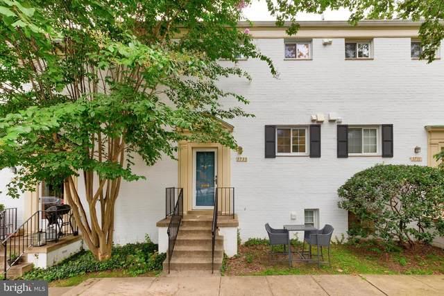 3733 Lyons Lane, ALEXANDRIA, VA 22302 (#VAAX251240) :: Jennifer Mack Properties