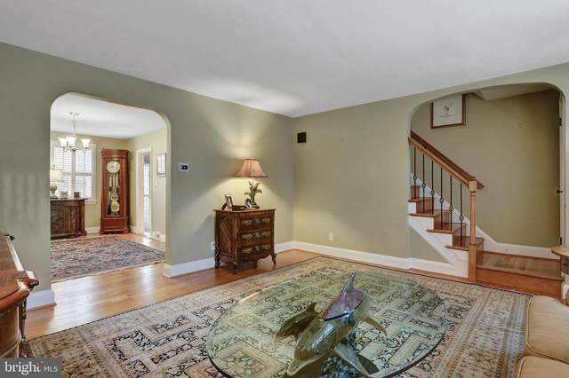 414 Overbrook Road, BALTIMORE, MD 21212 (#MDBC507220) :: The Sky Group