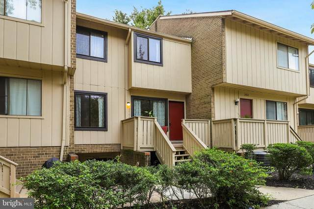 2466 Glengyle Drive #229, VIENNA, VA 22181 (#VAFX1156694) :: Debbie Dogrul Associates - Long and Foster Real Estate
