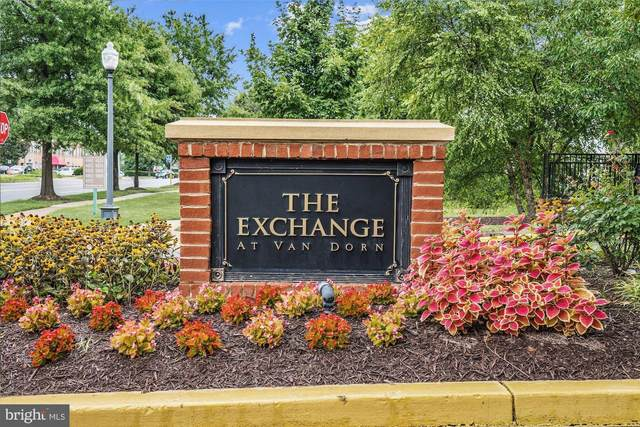 4852 Eisenhower Avenue #431, ALEXANDRIA, VA 22304 (#VAAX251272) :: The Putnam Group