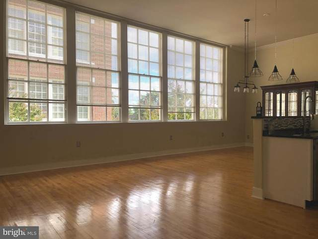 900 Barton Street #203, FREDERICKSBURG, VA 22401 (#VAFB117836) :: The Piano Home Group