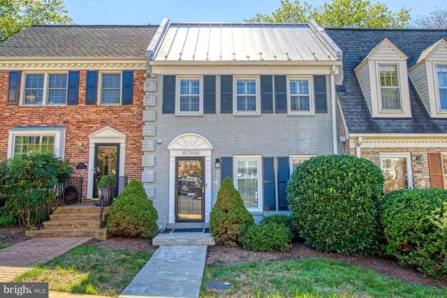 6745 Towne Lane Road, MCLEAN, VA 22101 (#VAFX1156852) :: The Denny Lee Team