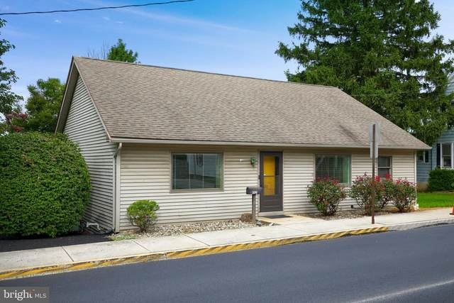 200 S Pleasant Avenue, DALLASTOWN, PA 17313 (#PAYK145900) :: The Heather Neidlinger Team With Berkshire Hathaway HomeServices Homesale Realty