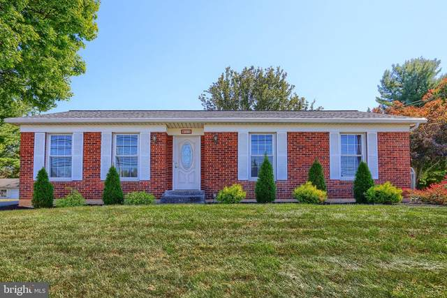 912 E Simpson Street, MECHANICSBURG, PA 17055 (#PACB128142) :: The Heather Neidlinger Team With Berkshire Hathaway HomeServices Homesale Realty
