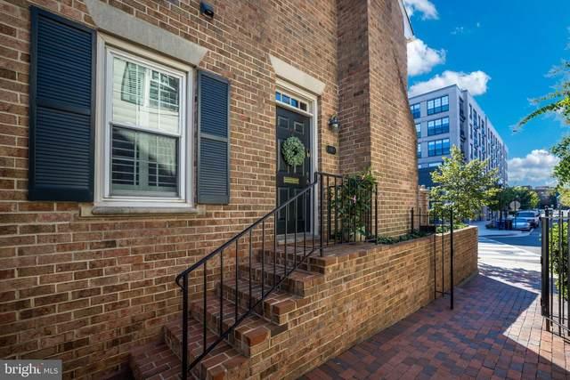 949 N Pitt Street, ALEXANDRIA, VA 22314 (#VAAX251324) :: The Putnam Group