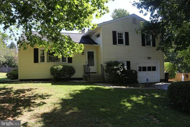 1327 Oakwood Avenue, WEST CHESTER, PA 19380 (#PACT517050) :: ExecuHome Realty