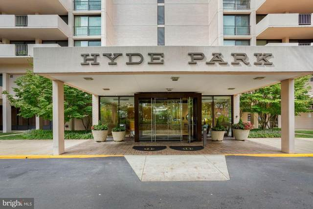 4141 N Henderson Road #123, ARLINGTON, VA 22203 (#VAAR170140) :: Dart Homes