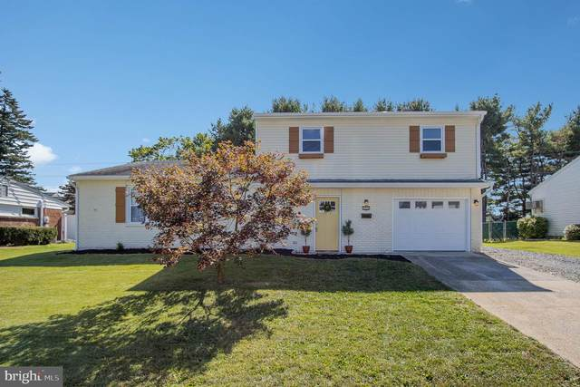 5226 Royal Drive, MECHANICSBURG, PA 17055 (#PACB128188) :: TeamPete Realty Services, Inc