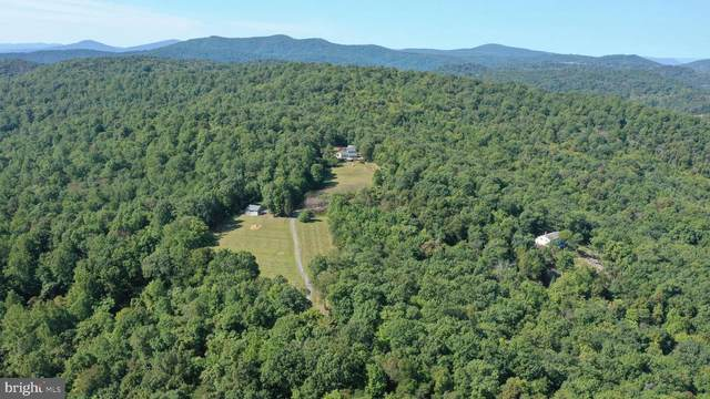 11173 Oakview Road, DELAPLANE, VA 20144 (#VAFQ167440) :: Certificate Homes