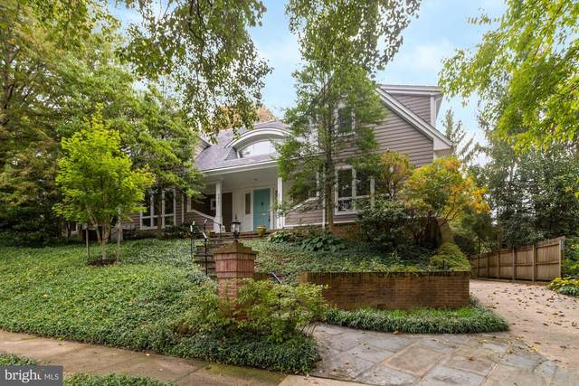 6921 Woodside Place, CHEVY CHASE, MD 20815 (#MDMC727220) :: The MD Home Team