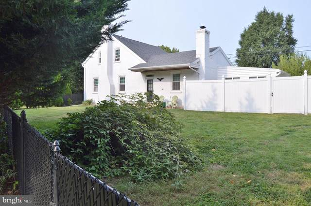 1530 Millersville Pike, LANCASTER, PA 17603 (#PALA170730) :: The John Kriza Team