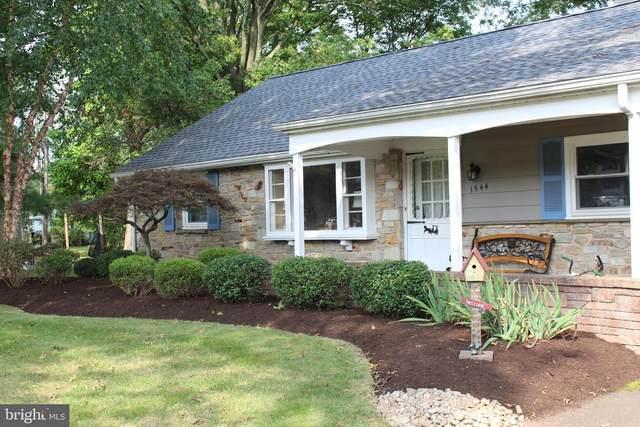 1544 Garden Road, LANSDALE, PA 19446 (#PAMC665152) :: Ramus Realty Group