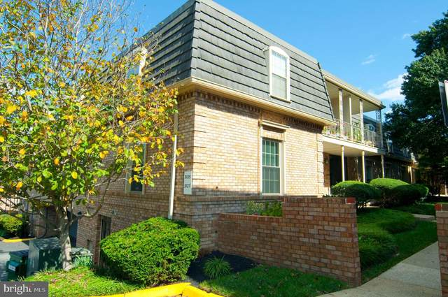 3127 Patrick Henry Drive #227, FALLS CHURCH, VA 22044 (#VAFX1157950) :: Jacobs & Co. Real Estate