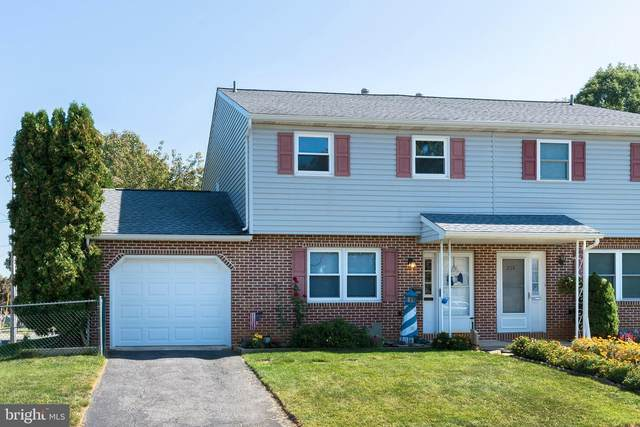 206 Summit Avenue, WEST READING, PA 19611 (#PABK364750) :: Iron Valley Real Estate