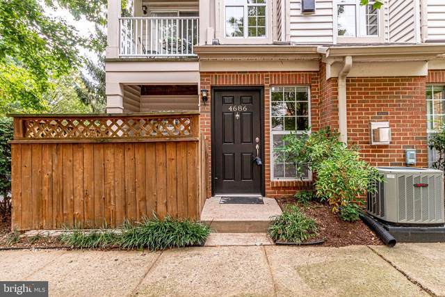 4686 Lawton Way, ALEXANDRIA, VA 22311 (#VAAX251510) :: AJ Team Realty